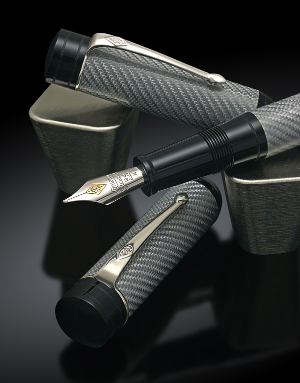 image of Collectors Club Churchill Carbon Fibre